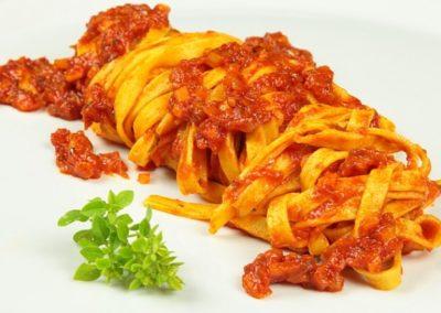Fettuccine Pomodoro e Basilico